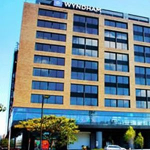 hotel-wyndham-card1